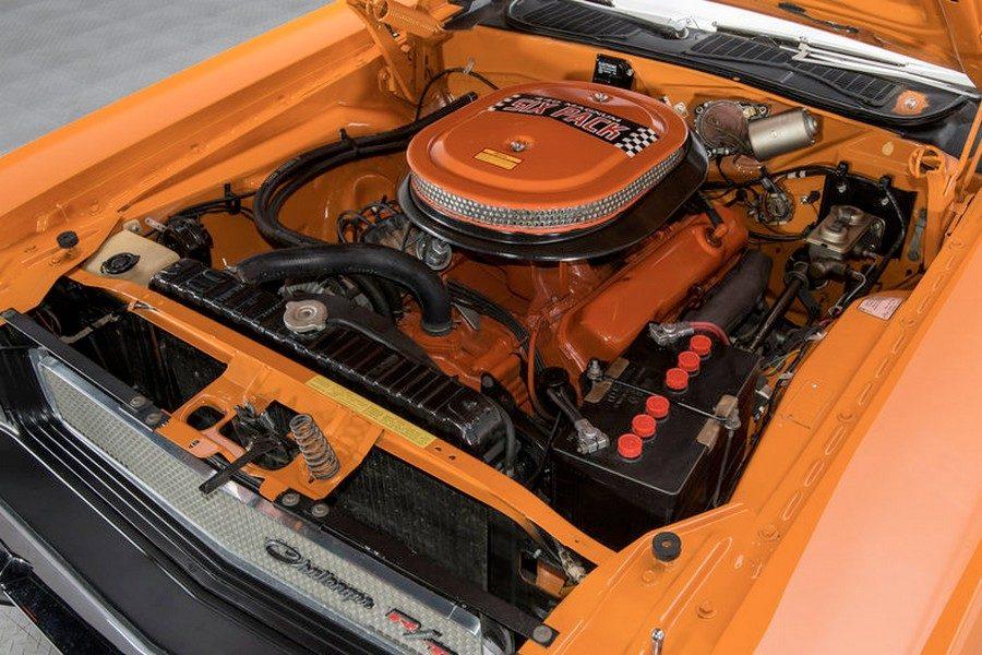 1970-dodge-challenger-r-t-11