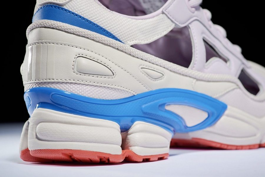 adidas-by-raf-simons-drops-rs-replicant-ozweego-usa-colors-pack-04