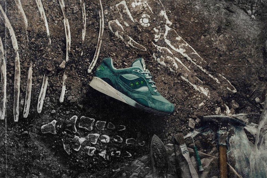 feature-x-saucony-shadow-6000-living-fossil-02