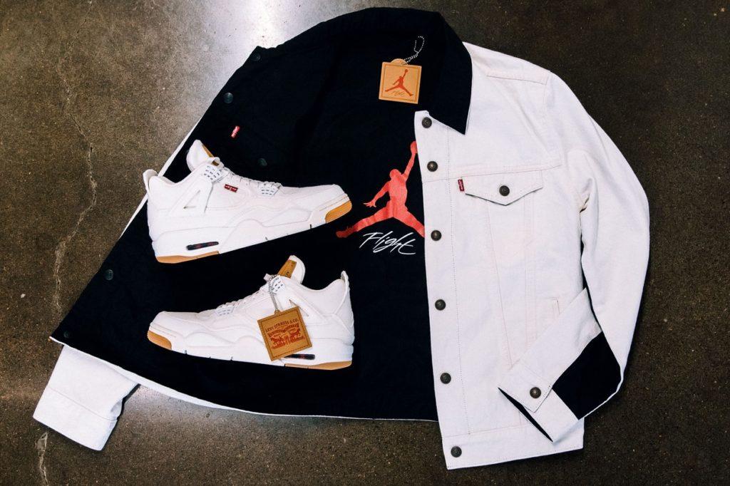 Jordan Brand x Levi's Air Jordan IV et Reversible Trucker Jacket en blanc et noir