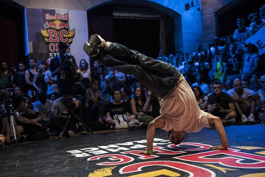 b-boy-champion-2018 – du-red-bull-bc-one-cypher-france-01