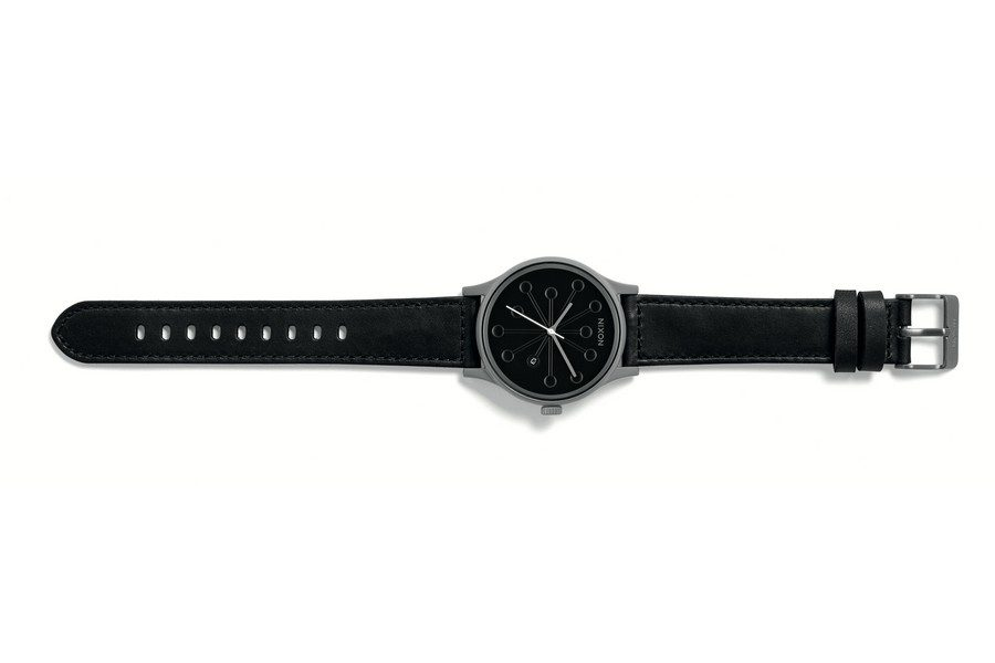 curren-caples-x-nixon-station-leather-edition-limitee-08