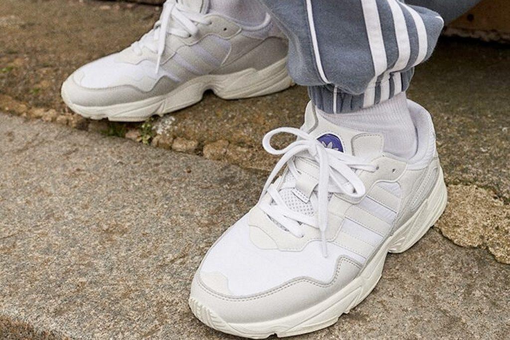 Coup d'œil à la nouvelle adidas Yung 96