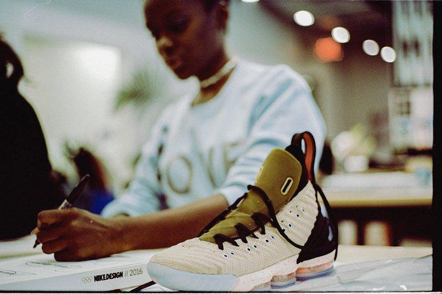 HFRxLeBron16-sneaker-02