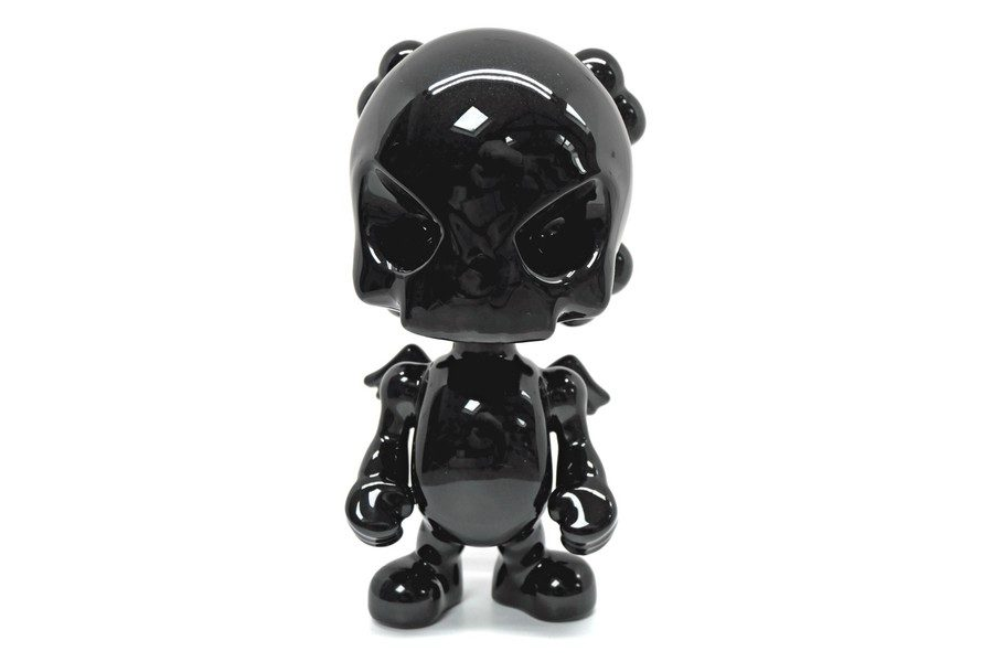 porcelaine-skullhead-black-par-ron-english-x-k-olin-tribu-01