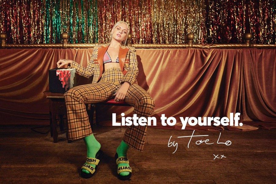 urbanears-listen-to-yourself-tove-lo-02