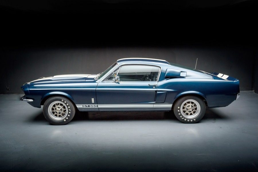 1967-ford-Shelby-GT350-picture-01