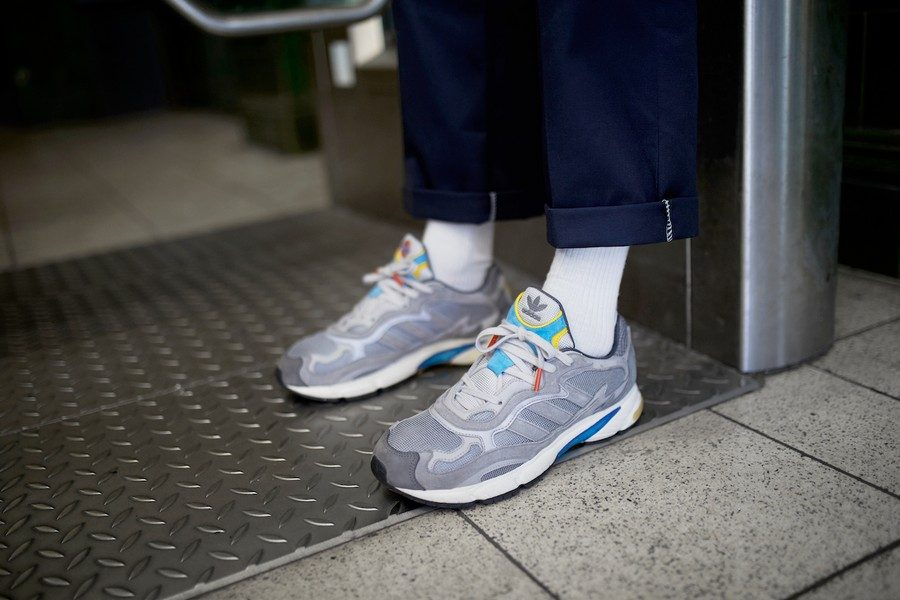 adidas-originals-x-transport-for-london-oyster-club-pack-03