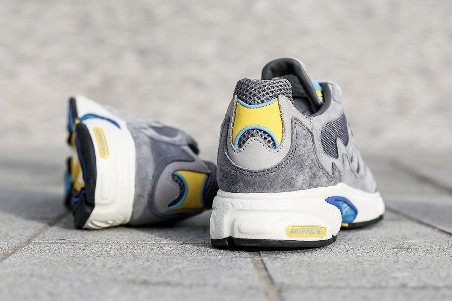adidas-originals-x-transport-for-london-oyster-club-pack-11b