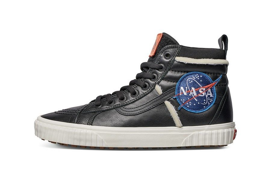 collection-nasa-x-vans-space-voyager-06