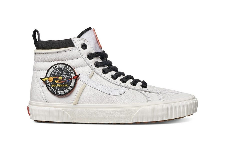 collection-nasa-x-vans-space-voyager-10