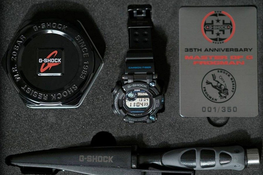 g-shock-frogman-gwf-d1000b-1ltd-35th-anniversary-collectors-set-with-diving-knife-03