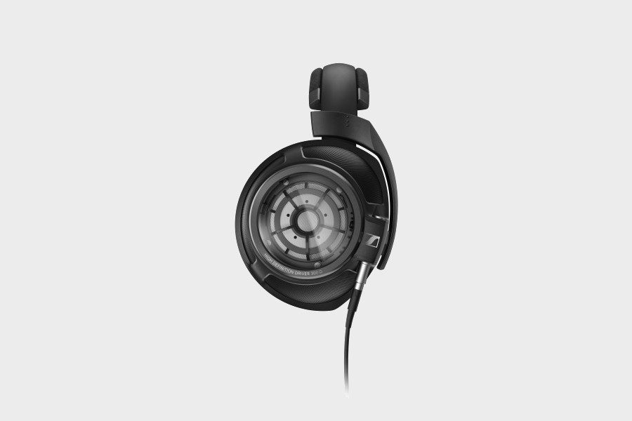 sennheiser-hd-820-headphones-06