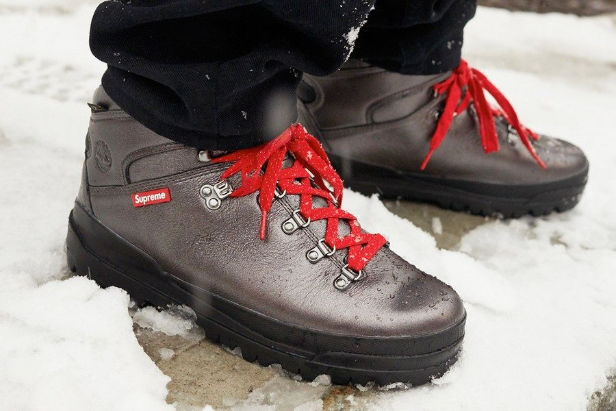 supreme-x-timberland-2018-world-hiker-front-country-boot-02
