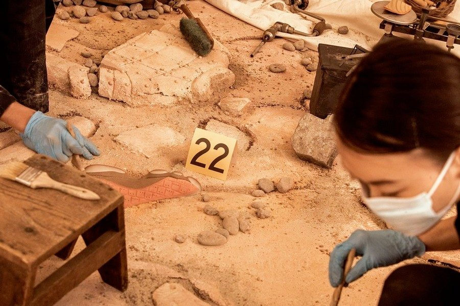 clot-x-air-jordan-13-low-terracotta-03