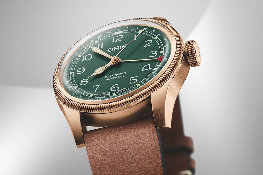 oris-big-crown-pointer-date-80th-anniversary-edition-06