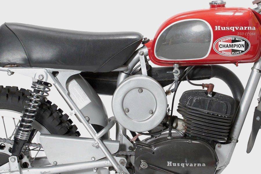 steve-mcqueens-1971-husqvarna-250-cross-motorcycle-04