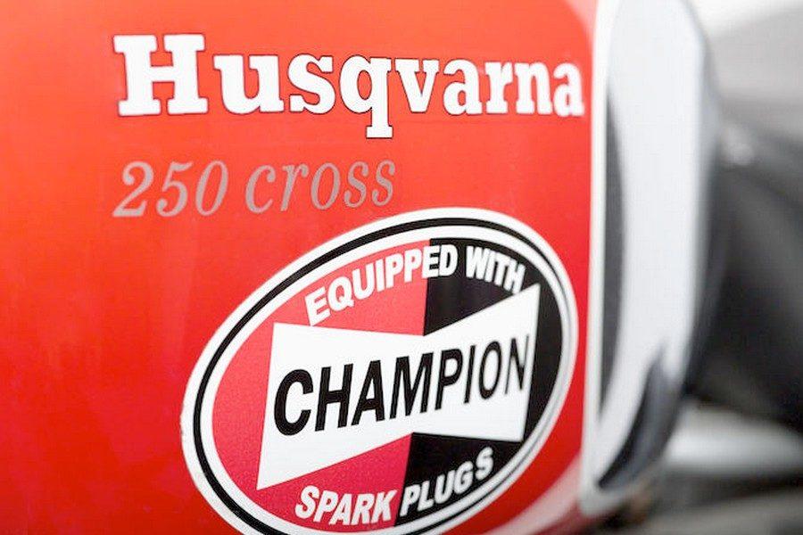 steve-mcqueens-1971-husqvarna-250-cross-motorcycle-05