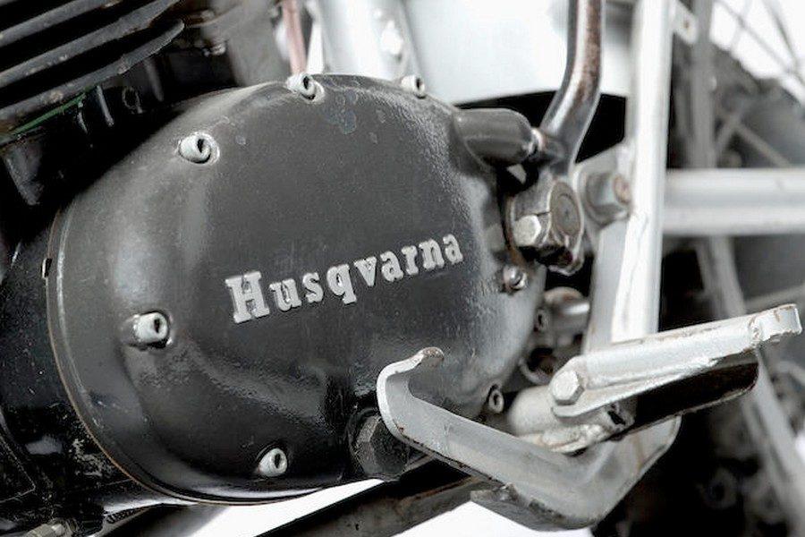 steve-mcqueens-1971-husqvarna-250-cross-motorcycle-07