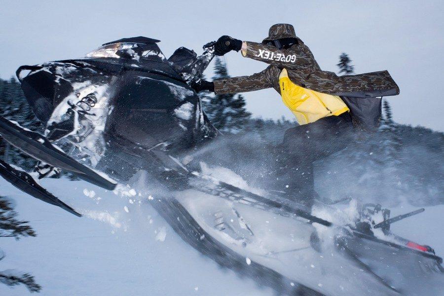 Stüssy défie l'hiver avec une capsule avec GORE TEX | Viacomit