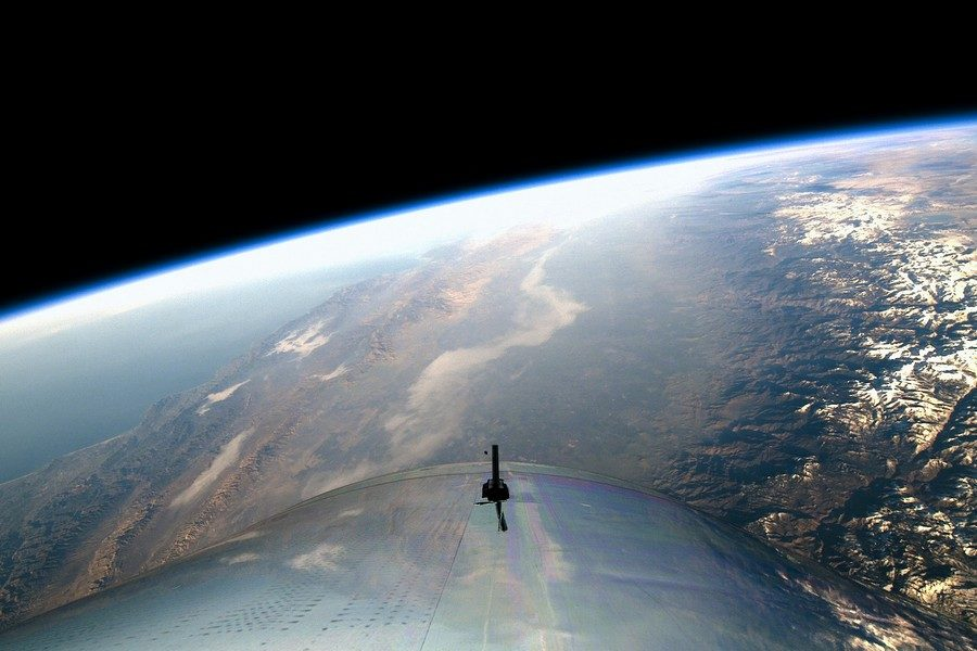 under-armour-partners-with-virgin-galactic-03