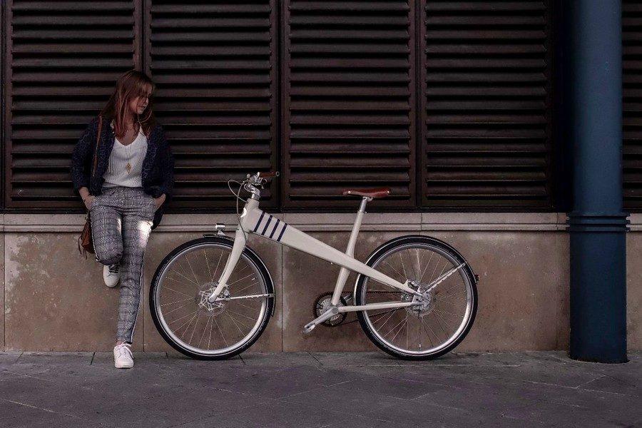 coleen-jean-prouve-1941-inspired-e-bike-03