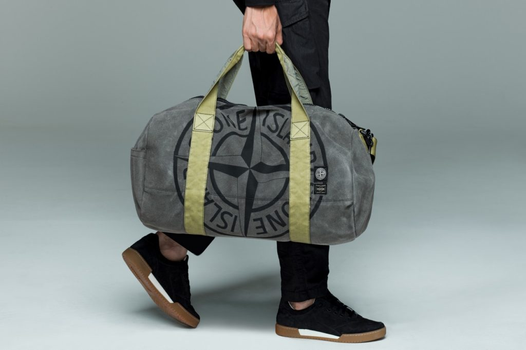 9e1ec3a1aeed Stone Island adopte une couleur monochrome pour sa collection Ghost ...