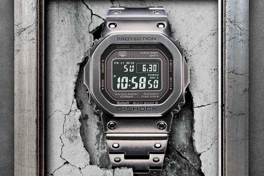 g-shock-gmw-b5000v-1-full-metal-black-aged-ip-watch-01