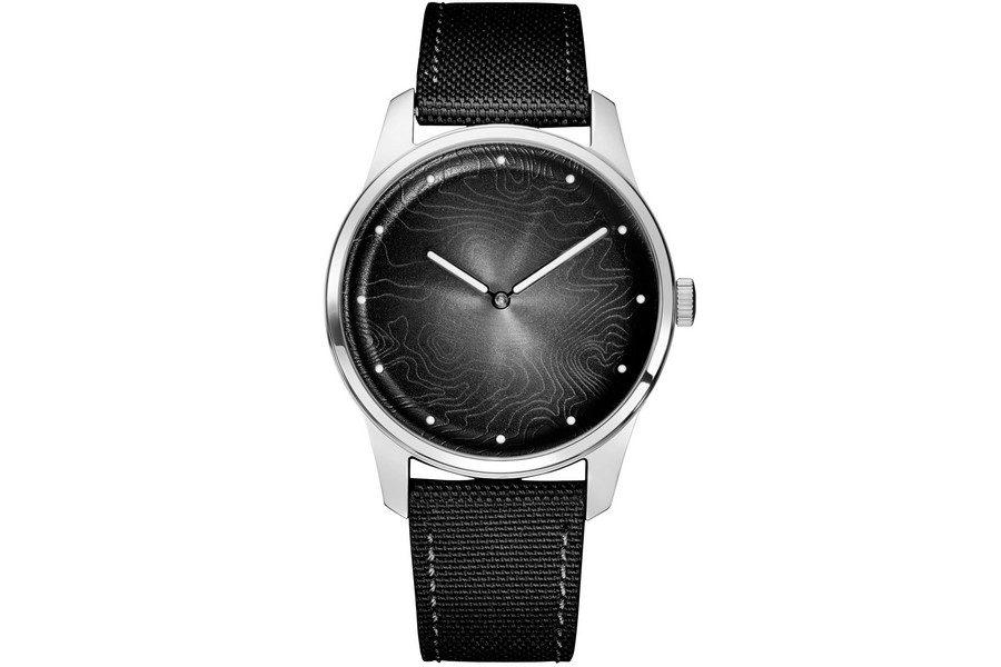 montre-awake-silver-moon-03