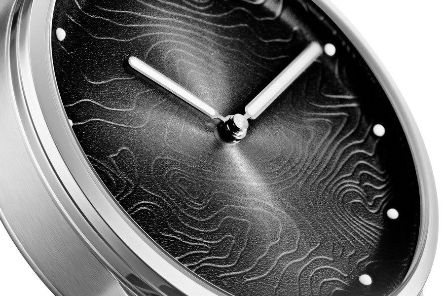 montre-awake-silver-moon-05