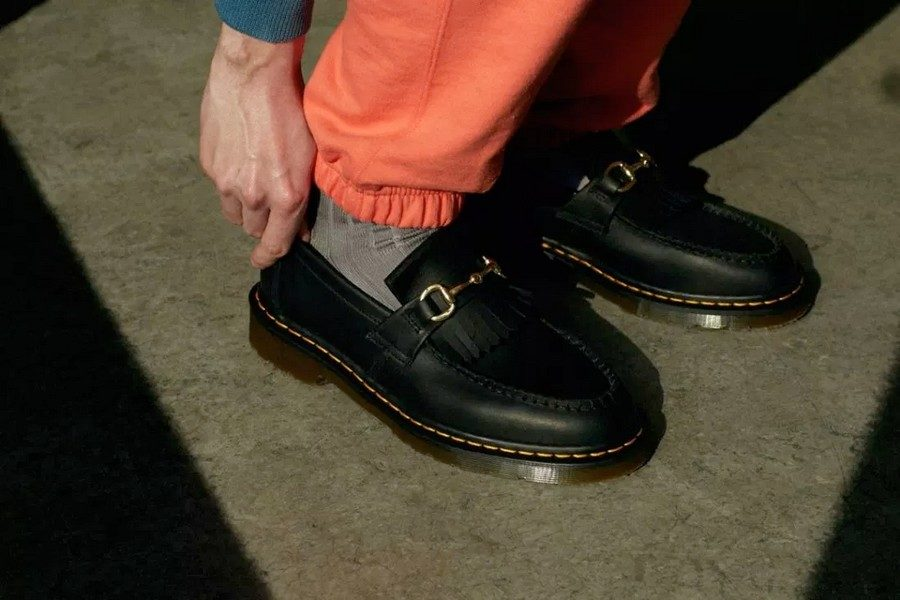 united-arrows-sons-x-dr-martens-snaffle-loafer-shoes-collaboration-02