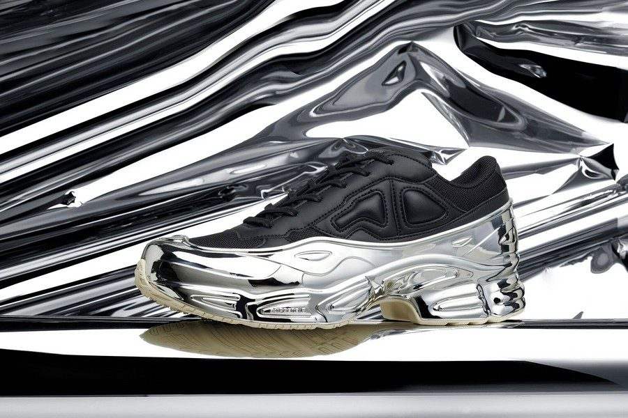 adidas-by-raf-simons-rs-ozweego-chromes-pour-le-printempsete-2019-collection-04