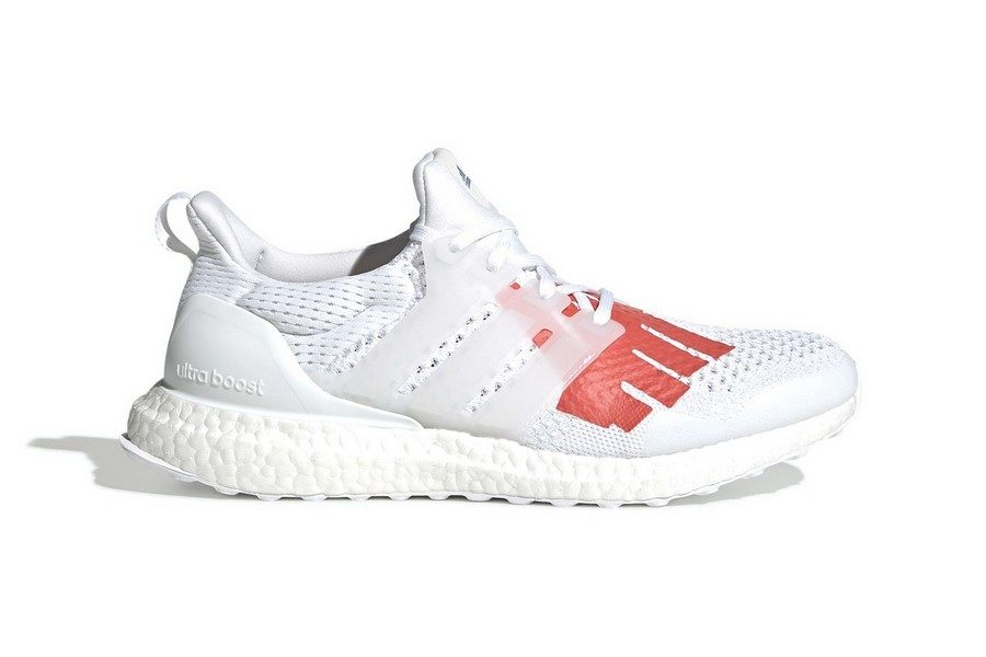 undefeated-x-adidas-ultra-boost-stars-stripes-02
