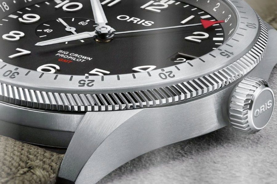 oris-big-crown-propilot-timer-gmt-03