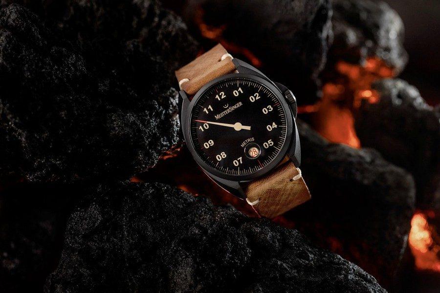 montre-meistersinger-metris-black-01