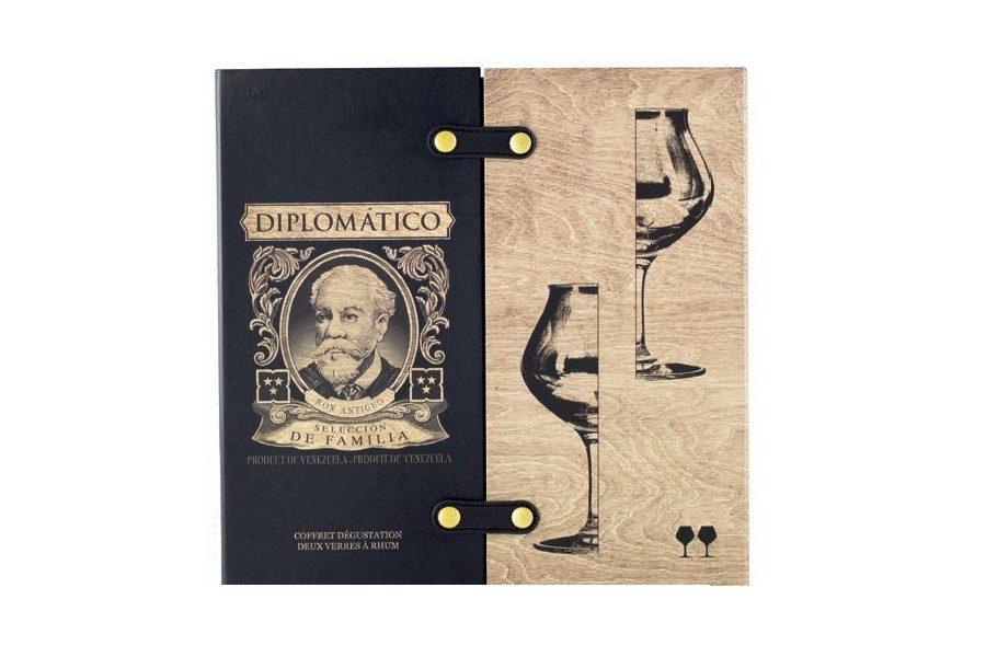diplomatico-seleccion-de-familia-04
