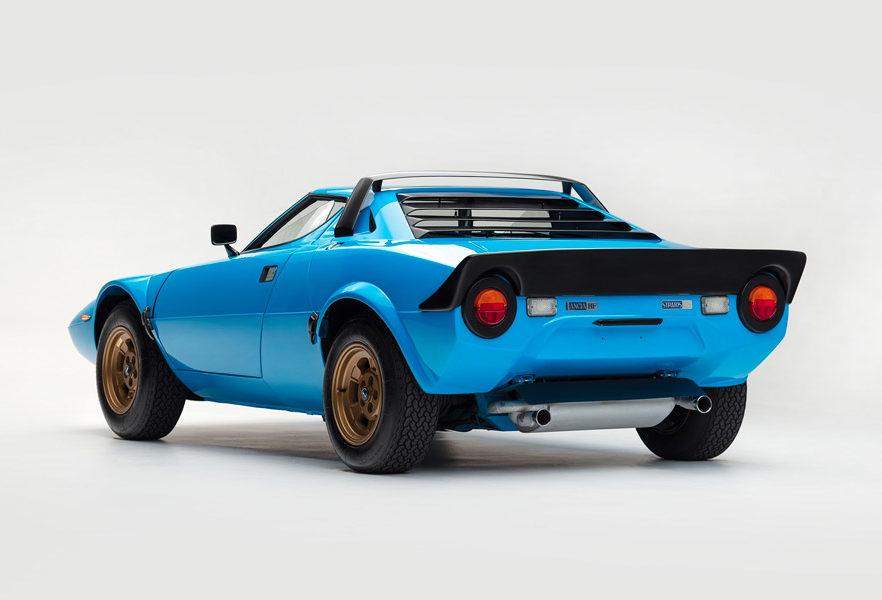1975-lancia-stratos-hf-stradale-by-bertone-02