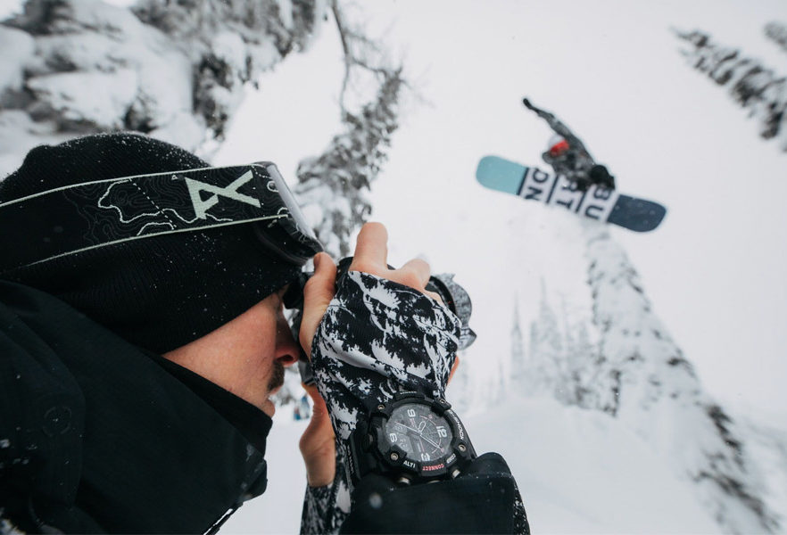burton-snowboard-x-g-shock-mudmaster-gg-b100btn-1a-collab-01