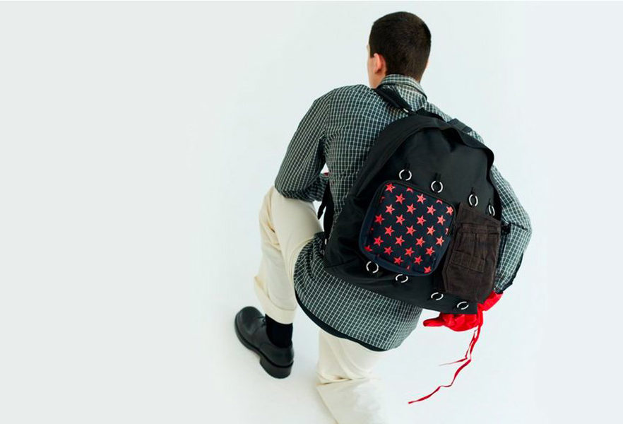 raf-simons-x-eastpak-printempsete-2020-collection-07
