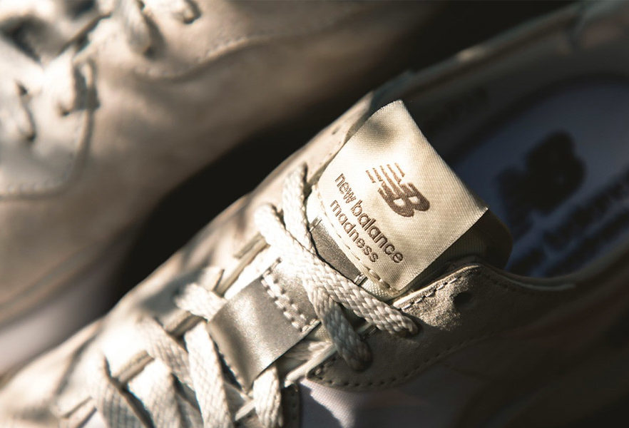 madness-x-new-balance-327-coup-oeil-15