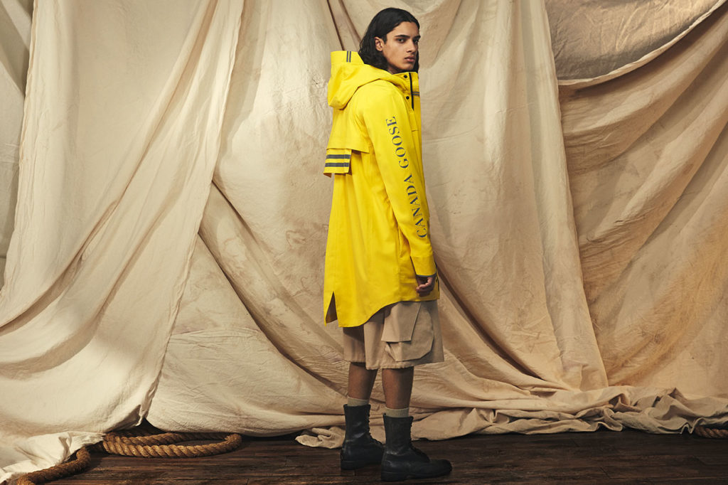 "Canada Goose lance une ligne ""Overboard Yellow"""
