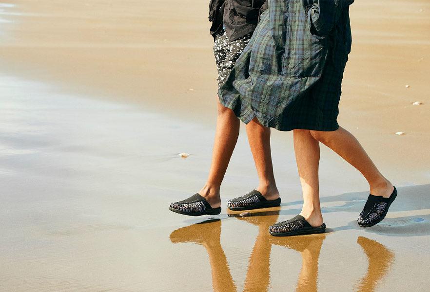engineered-garments-keen-uneek-2-slide-sandal-08