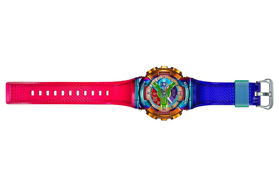 "G-Shock GM-110RB-2A ""Rainbow"""