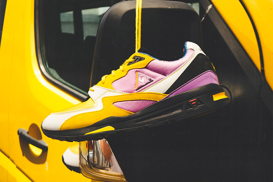 "Collaboration Sneakerbox TLV x le coq sportif R800 ""Sherut"""