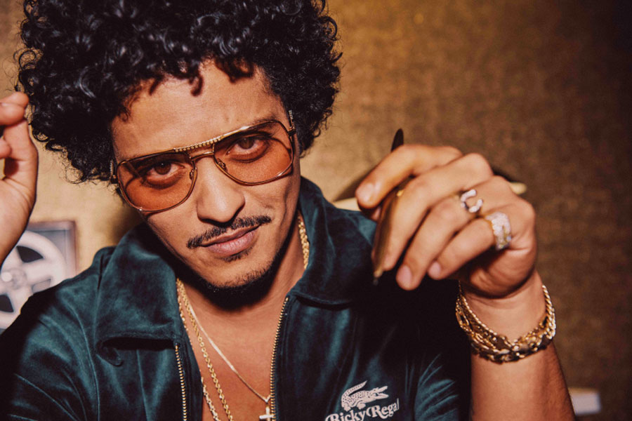 """Collection LACOSTE x Bruno Mars """"Ricky Regal"""""""