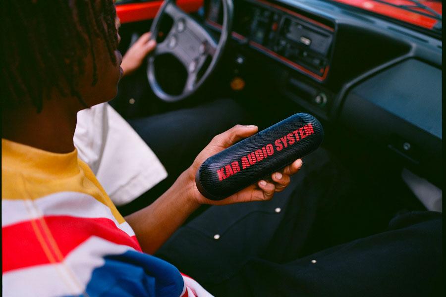 """L'Art de l'Automobile x Beats Pill+ """"KAR AUDIO SYSTEM"""""""